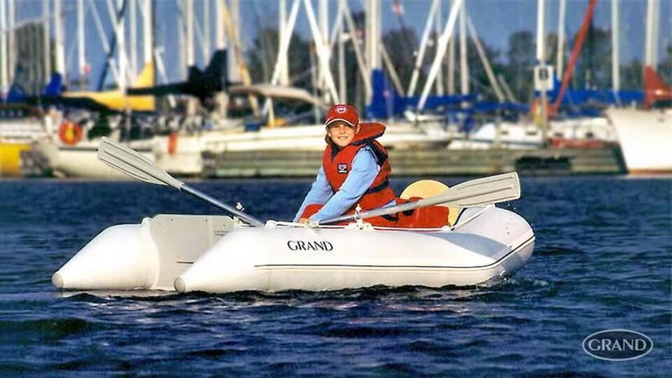 Складная надувная лодка с настилом GRAND ELF E240, Надувная лодка ELF E240, GRAND ELF E240, GRAND E240, Складная надувная лодка GRAND, Надувная лодка GRAND, Надувная лодка ГРАНД, Разборная надувная лодка с жёстким настилом, Разборная надувная лодка с надувным настилом, Fordable Boats, надувная лодка с транцем, надувная лодка для рыбалки, надувная лодка пвх, лодка пвх