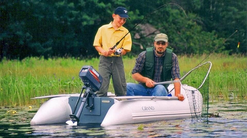 Складная надувная лодка с настилом GRAND ELF E270, Надувная лодка ELF E270, GRAND ELF E270, GRAND E270, Складная надувная лодка GRAND, Надувная лодка GRAND, Надувная лодка ГРАНД, Разборная надувная лодка с жёстким настилом, Разборная надувная лодка с надувным настилом, Fordable Boats, надувная лодка с транцем, надувная лодка для рыбалки, надувная лодка пвх, лодка пвх