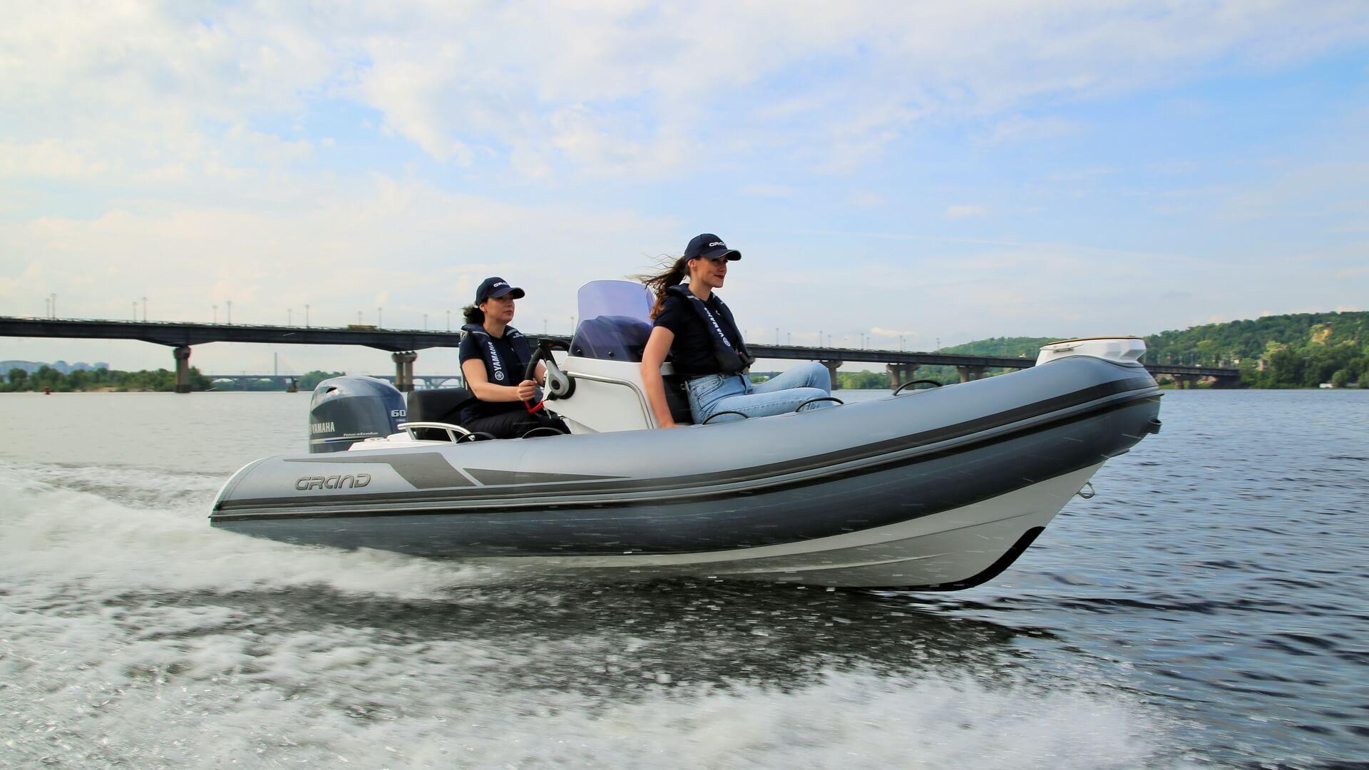Надувная лодка с жестким дном GRAND Golden Line G420, Надувная лодка GRAND Golden Line G420, GRAND Golden Line G420, GRAND G420, Надувная лодка GRAND, Надувная лодка ГРАНД, Надувная лодка с жестким дном, RIB, Rigid Inflatable Boats