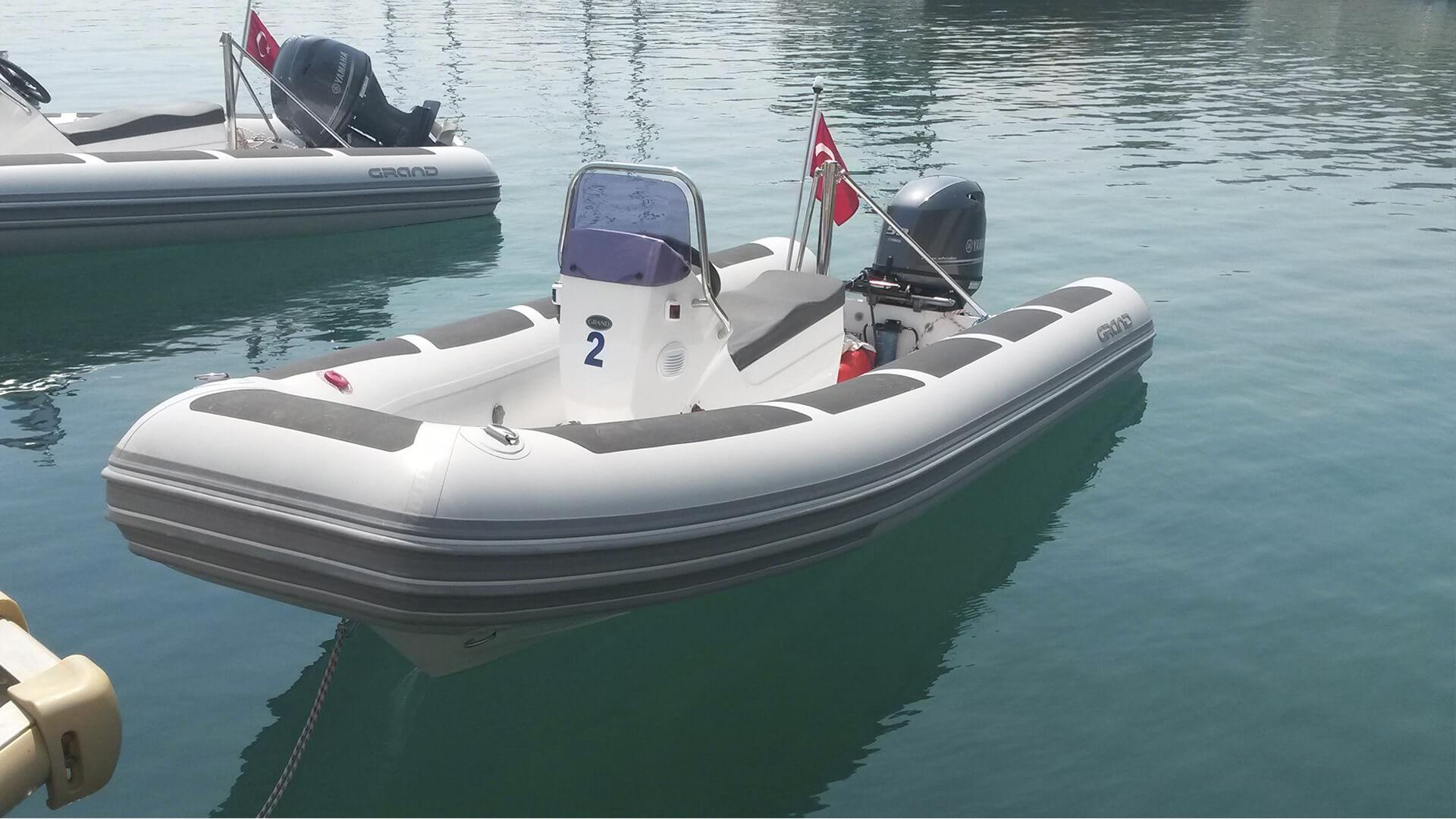 Надувная лодка с жестким дном GRAND Silver Line S420NS, Надувная лодка GRAND Silver Line S420NS, GRAND Silver Line S420NS, GRAND Silver Line S420NSF, GRAND S420NS, GRAND S420NSF, GRAND S420, Надувная лодка GRAND, Надувная лодка ГРАНД, Надувная лодка с жестким дном, RIB, Rigid Inflatable Boats