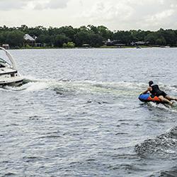 Breeze Towable 1P JOBE, 230117005, Надувной буксируемый водный аттракцион, буксируемый надувной водный аттракцион, надувной водный аттракцион, водный аттракцион, буксируемый водный аттракцион, буксируемый аттракцион, водный аттракцион Jobe, одноместная плюшка, плюшка
