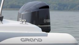 Grand Golden Line G850 & Yamaha F300