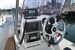 Приборная панель рулевой стойки надувной лодки GRAND G480LF