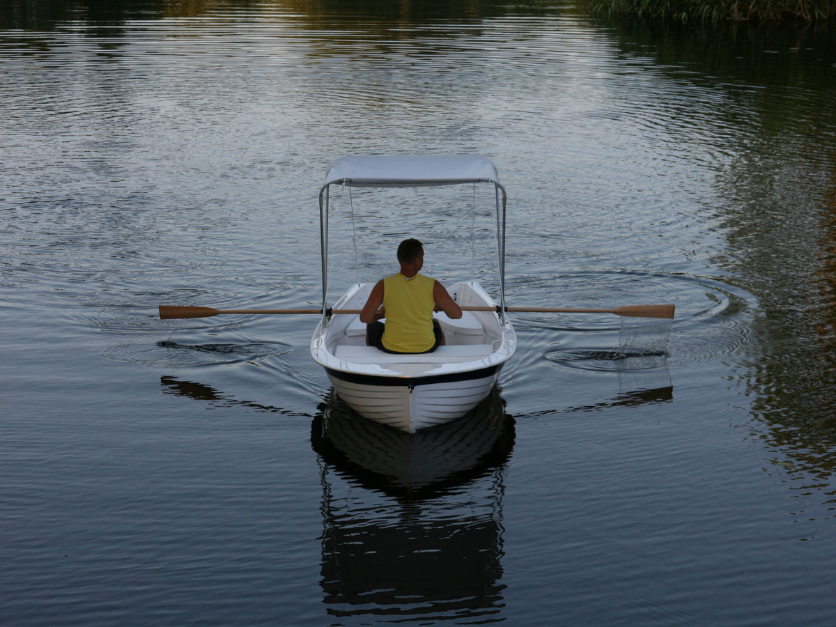 GRAND REGATTA RG370R limited edition, гребная лодка GRAND REGATTA, гребная лодка GRAND, стеклопластиковая лодка GRAND, GRAND RG370R, GRAND Regatta RG370R, RG370R, прогулочная лодка, гребная лодка, гребные лодки